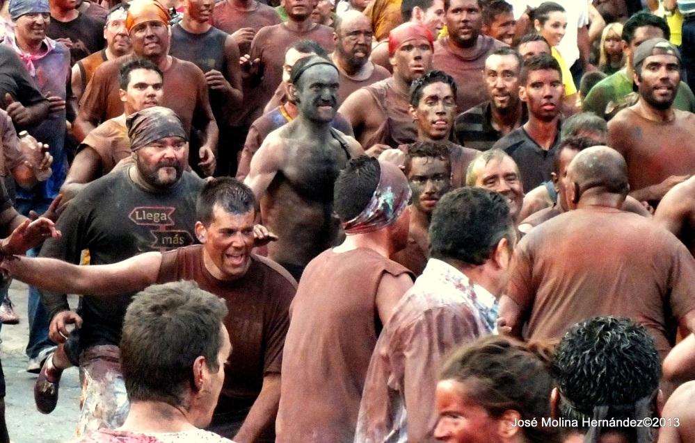 CASCAMORRAS 2013. ELOJODEGUADIX. Ya puedes ver tu foto publicada. Premiadas por FOTO LIS de Guadix.  (4/5)